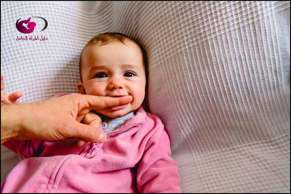 تحفز حواس الأطفال الرضع