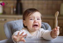 صورة ما هي علامات الجوع عند الأطفال حديثي الولادة وما هي واجبات الام اتجاه طفلها