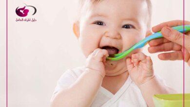 صورة أهم تطورات الطفل في الشهر الثامن